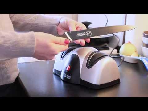 Видеодемонстрация электрической ножеточки Хозяйка 31М